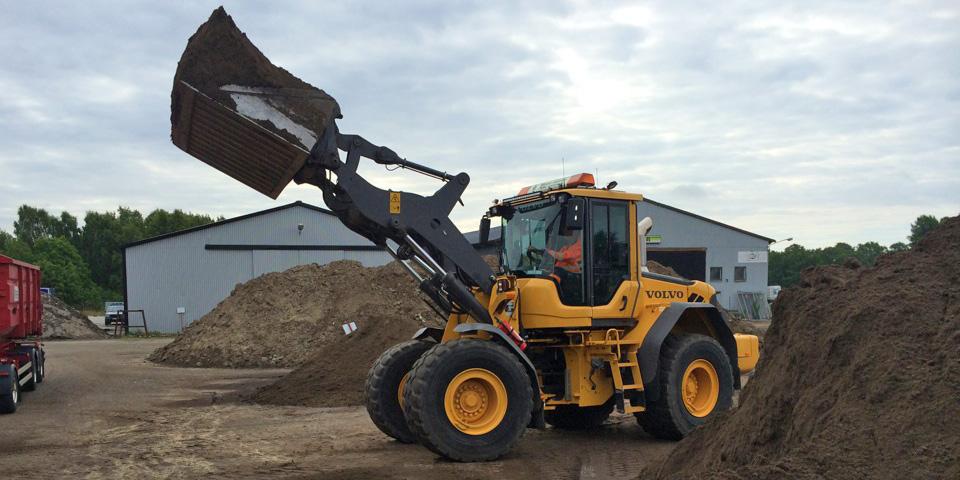 LS Företagen hyr ut maskiner som Hjullastare, Hjulgrävare, Dumpers, Lastare m.m.